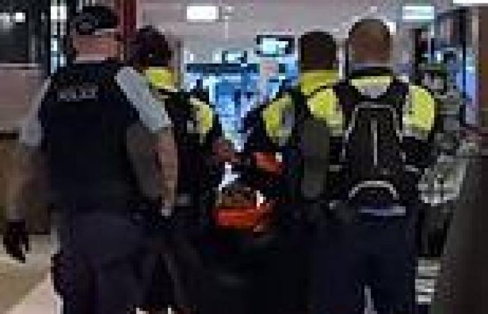 Anti-masker dragged out of Parramatta Westfield for refusing to wear a face ...