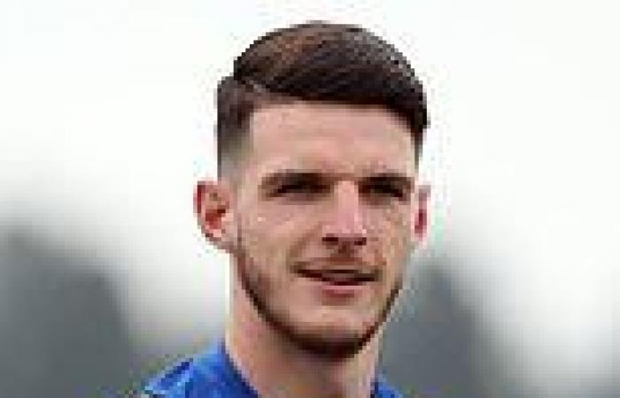 sport news Declan Rice 'puts Manchester United and Chelsea on alert by rejecting TWO West ...