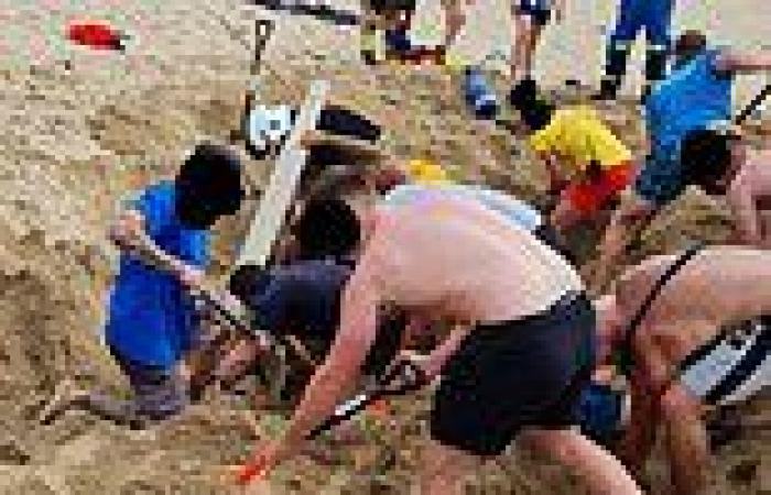 Newquay beachgoers and emergency crews dig suffocating teenager out of ...