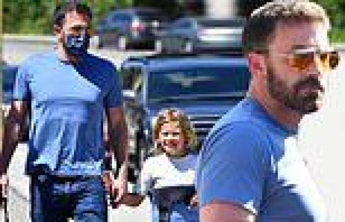 Ben Affleck holds hands with son Samuel while dropping him off at swimming ...