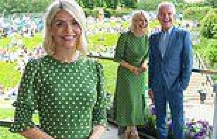 Holly Willoughby joins Phillip Schofield and husband Dan Baldwin at Wimbledon