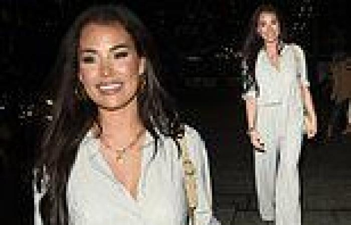 Jess Wright looks effortlessly stylish in light grey co-ords as she steps out ...