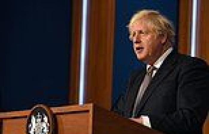 Boris Johnson extends pub hours to 11.15pm on Sunday