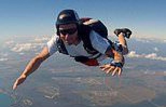 Experienced skydiver who completed thousands of jumps dies after accident in ...