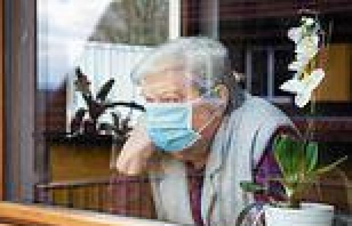 Clinically at-risk Britons will be advised to limit social contact when Covid ...