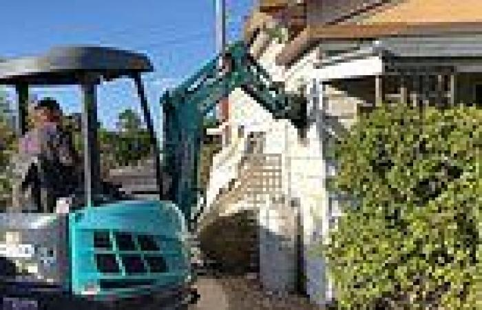 Australian brothers who used an excavator to destroy their dead mother's house ...