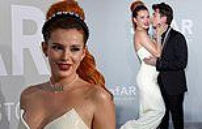 Bella Thorne puts on a VERY loved-up display with fiancé Benjamin Mascolo at ...