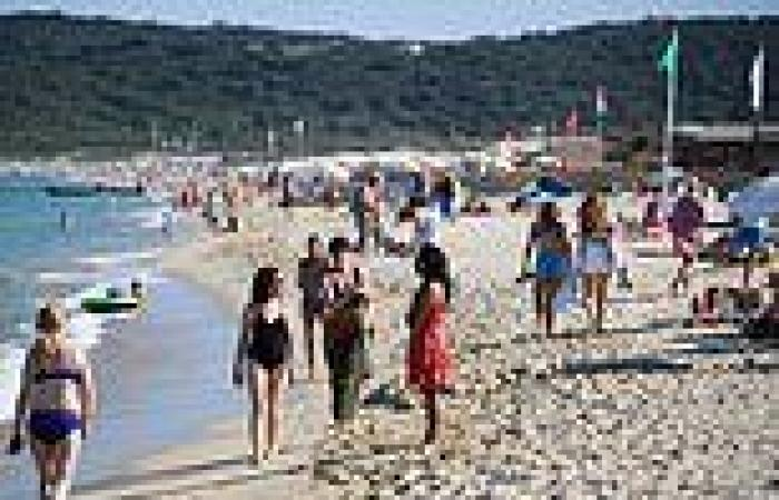 Coronavirus UK: Holidaymakers' fury as families are forced to cancel trips to ...