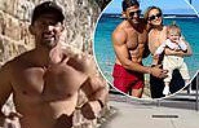 Anna Heinrich drools over her 'sexy' husband Tim Robards as he runs shirtless