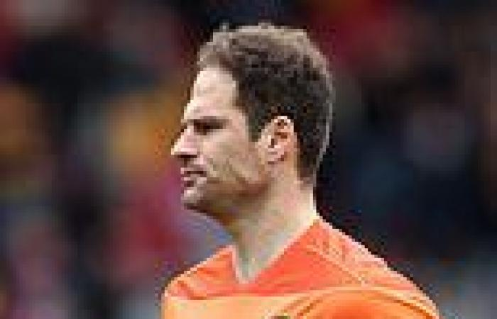 sport news Everton are nearing the signing of Bournemouth goalkeeper Asmir Begovic on a ...
