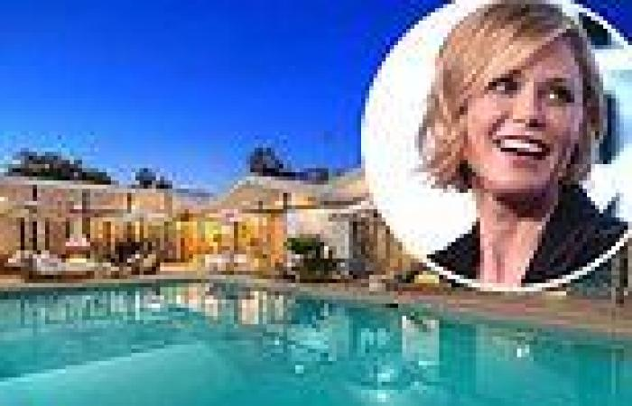 Modern Family's Julie Bowen sells Hollywood Hills home for $4.2M after ...
