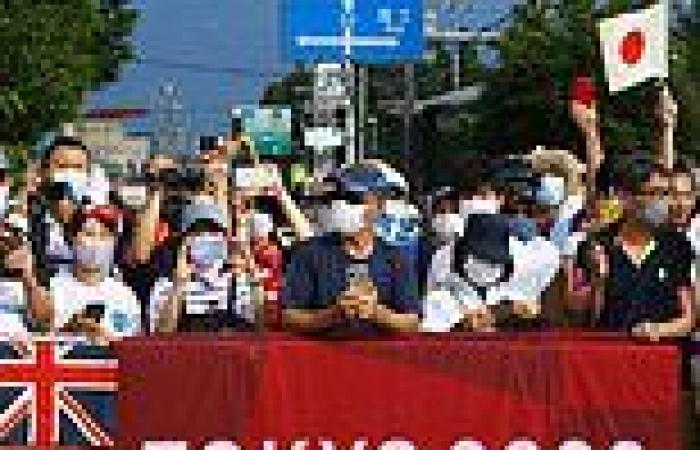 Japanese fans ignore calls to watch Tokyo 2020 Games at home by lining streets ...