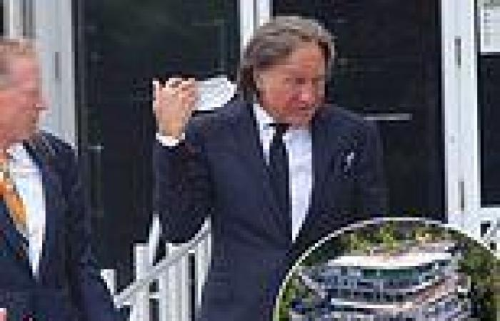 Mohamed Hadid 'completely misled his neighbors' when building mega mansion, ...