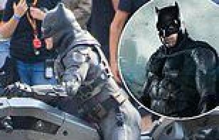 Batman body double drives motorcycle through streets of Glasgow for filming of ...