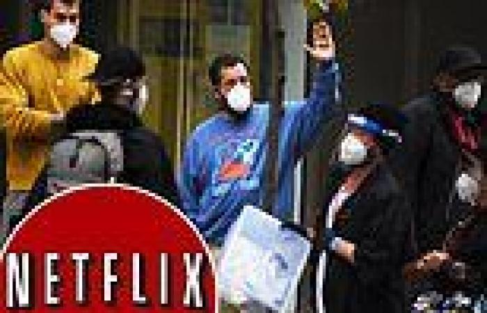 Netflix becomes first major studio to require COVID vaccinations on all US ...