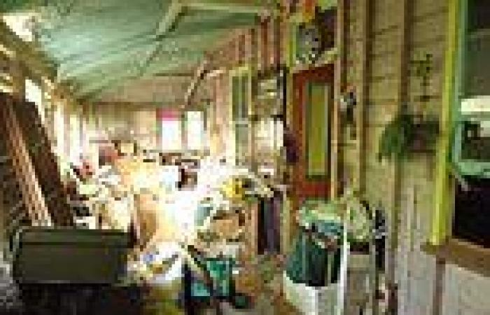 1920's Queenslander hoarder house listed for sale in Townsville's West End ...