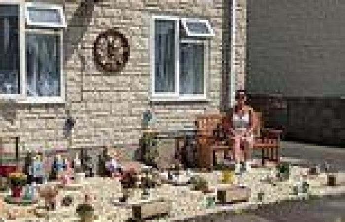 Grieving mother is told by housing association to REMOVE memorial garden she ...
