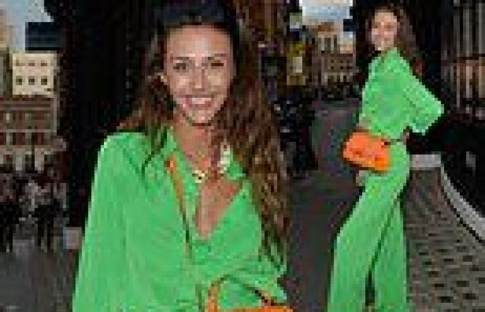 Too Hot To Handle's Chloe Veitch works her angles in chic vivid green jumpsuit ...