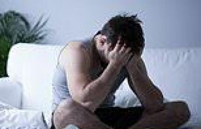 Covid-19 Australia: Student forced to live of $20 a week after losing both his ...
