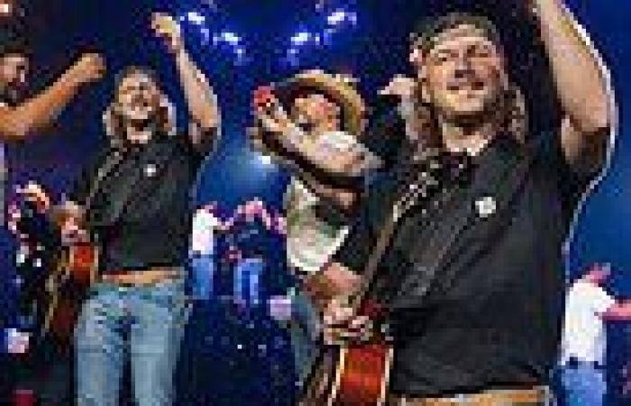 Morgan Wallen does tequila shots on stage following rehab stint for alcohol ...
