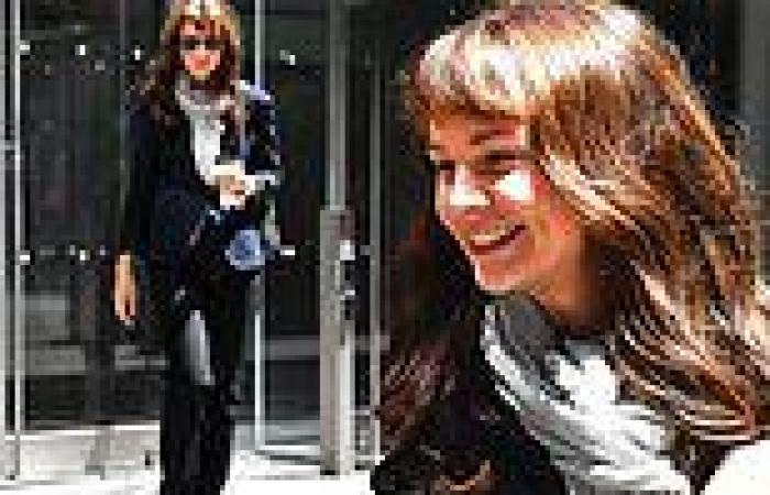 FIRST LOOK: Carey Mulligan appears unrecognizable as she is spotted on set of ...