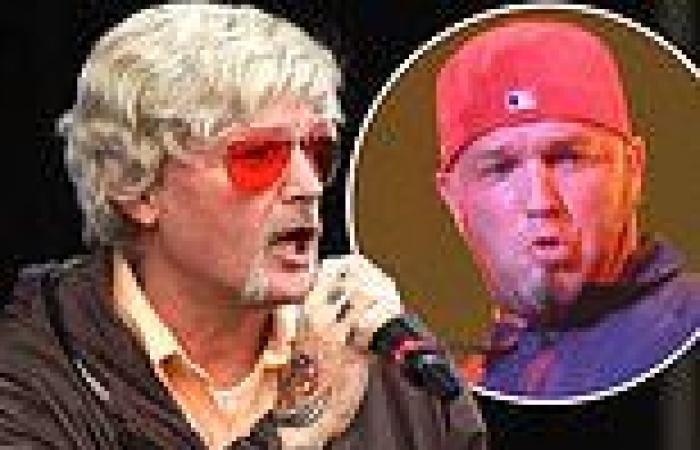 Limp Bizkit frontman Fred Durst shocks fans at Lollapalooza as he takes the ...
