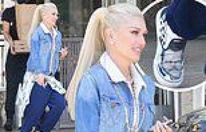 Gwen Stefani wears her heart on her shoes wearing Vans imprinted with Blake ...