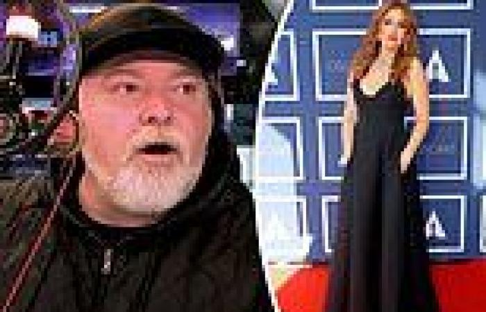 The humiliating moment Kyle Sandilands is exposed for LYING about kissing Isla ...