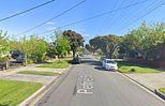 Murder squad investigate suspicious death of a Melbourne man found in his house ...