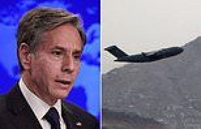 Blinken AGAIN blames Americans for staying in Afghanistan and dodges question ...