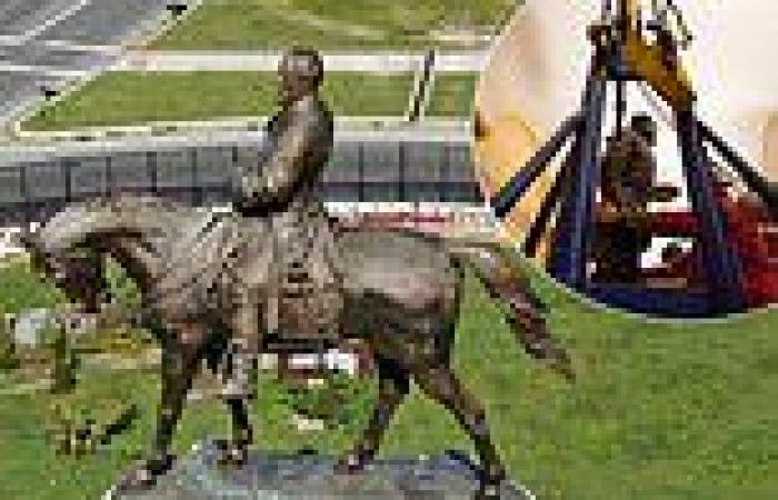 Towering statue of Confederate General Robert E. Lee will be removed from ...