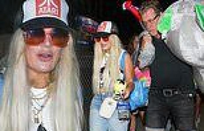 Tori Spelling and Dean McDermott put on a united front at the Malibu Chili ...