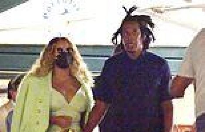 Beyonce takes the plunge in green mini dress as she holds hands with husband ...