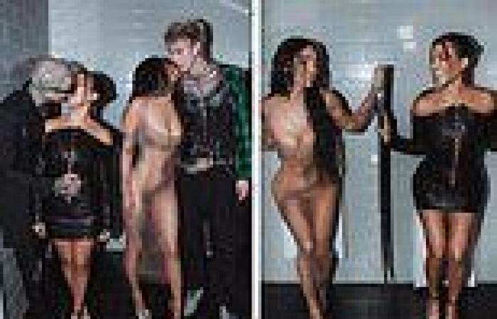 Megan Fox and Kourtney Kardashian make out with Machine Gun Kelly and Travis ...
