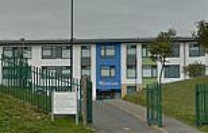 Ilfracombe Academy in Devon sends home 32 pupils after they tested positive for ...