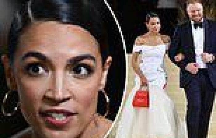 Self-proclaimed socialist AOC bagged free Mejuri jewelry while wearing 'Tax the ...