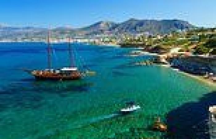 Powerful 6.5-magnitude earthquake rattles Greek island of Crete
