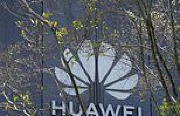 Controversial Chinese tech giant Huawei appoints Ex-BBC boss 'executive editor ...