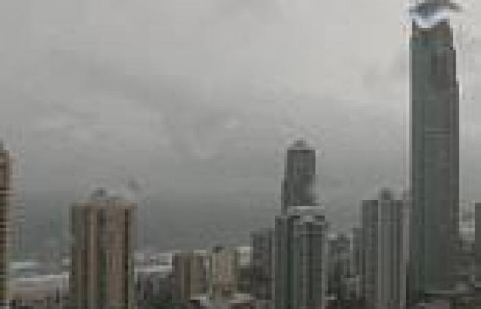 'Absolute MONSTER' storm descends on Sydney with golf-ball sized HAIL and ...