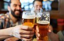 Six pints of beer a week linked with reduced risk of heart attack, study says
