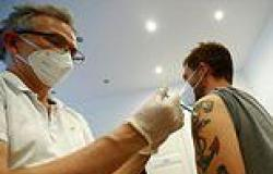 Supermarkets can now REFUSE service to unvaccinated customers in Frankfurt