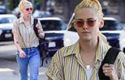 Kristen Stewart nails an effortlessly cool look in jeans as she leaves lunch in ...